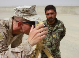 הקבלנים האמריקאים היו אלו שדאגו שהמטוסים האפגניים יטוסו והם שסיפקו יכולות מודיעין, סיור ותצפית לחיל האוויר