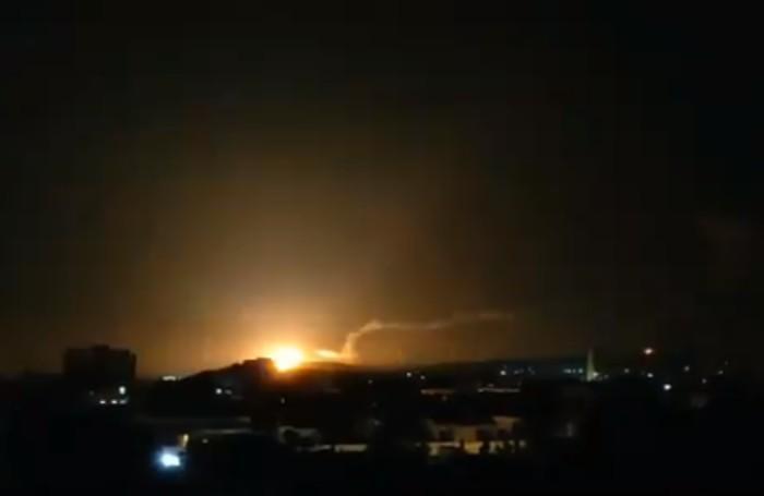 """צה""""ל תקף יעדים של איראן וצבא אסד בסוריה"""