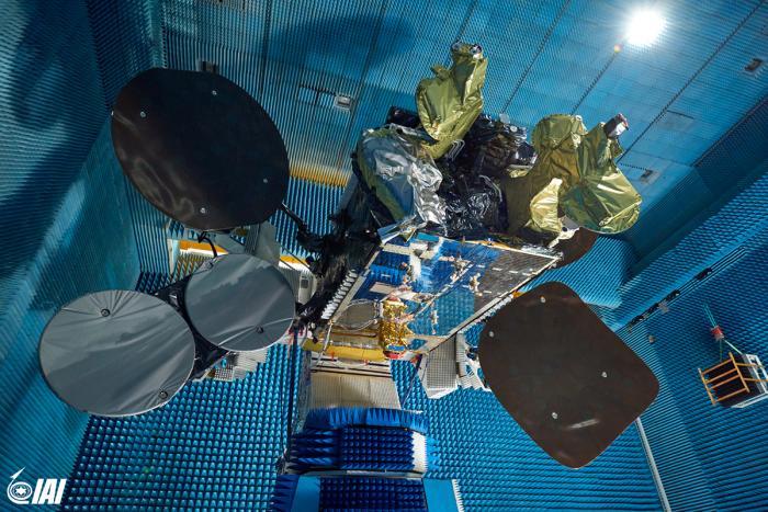 """התע""""א בוחנת אפשרות לייצר ולהפעיל באופן עצמאי לווין תקשורת"""