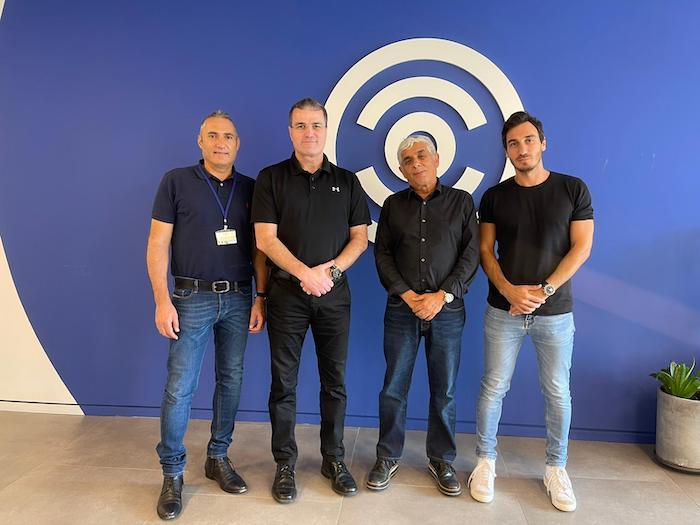 צוות 3 חתמה על הסכם שיתוף פעולה עם חברת Carbyne