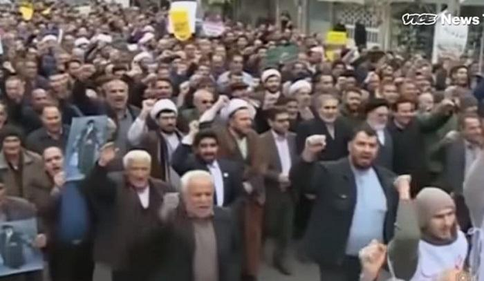 """סגן ראש המל""""ל לשעבר - ישראל צריכה לתמוך במפגינים באיראן"""
