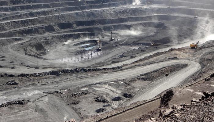 ארה״ב: מחוקקים קוראים להפחתת התלות בסין בכל הנוגע לשרשראות אספקה קריטיות