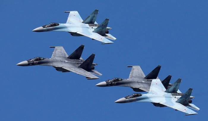הקף רכישת מטוסי הקרב של איראן -סעודיה האימרויות ושאר מדינות המפרץ וערב יחייב את חיל האוויר ברכישות ענק 2019-08-01T174447Z_795884042_RC1CD7039800_RTRMADP_3_RUSSIA-MILITARY_0