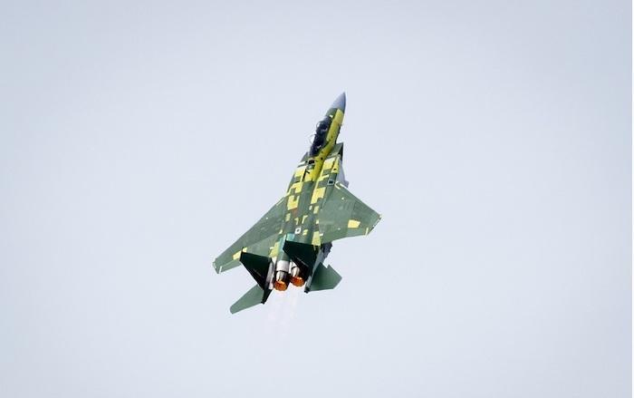 טיסת בכורה למטוס הF15 של קטאר