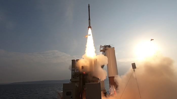 """תרחיש סעודיה: הושלמה בהצלחה סדרת ניסויי יירוט של מערכת הנשק """"שרביט קסמים"""""""