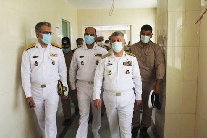 איראן בונה ספינת טילים מתקדמת חדשה