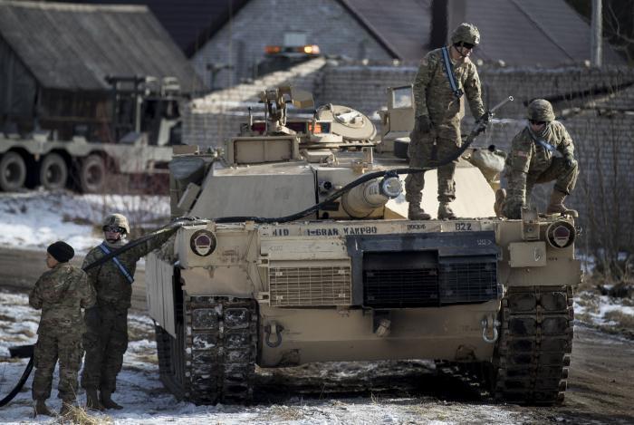 """השפעה עולמית: צבא ארה""""ב ביטל תרגילים ותמרונים באזורים רבים"""