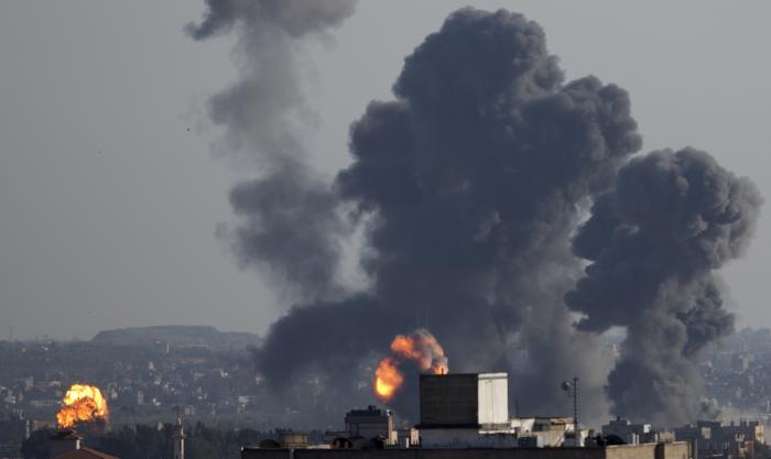 """הסלמה בדרום: כ-200 שיגורים לעבר שטח ישראל; צה""""ל תקף יעדי טרור ברצועת עזה"""