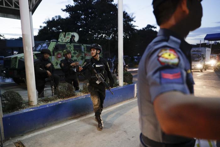 המשטרה הפיליפינית רוכשת אלפי נשקים מ-IWI