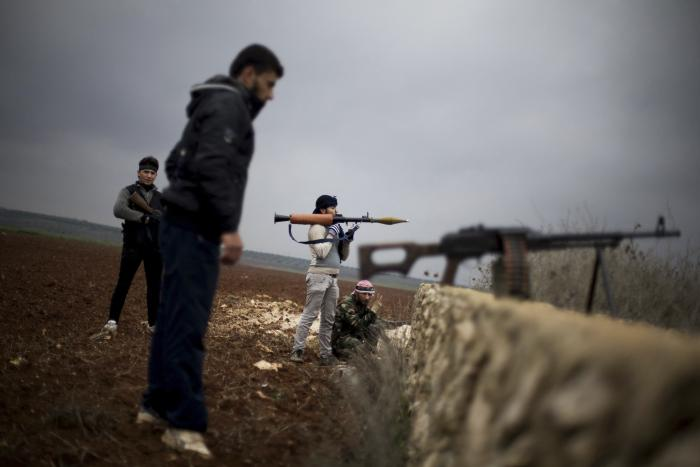 Report: Israel Gives Secret Aid to Syrian Rebels