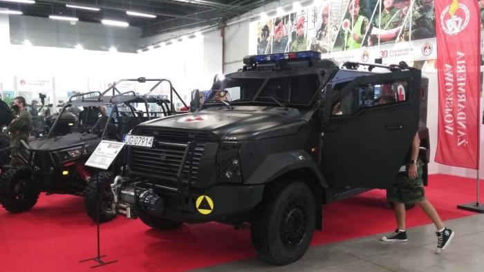 Polish Military Police using Plasan's SandCat light armored vehicle