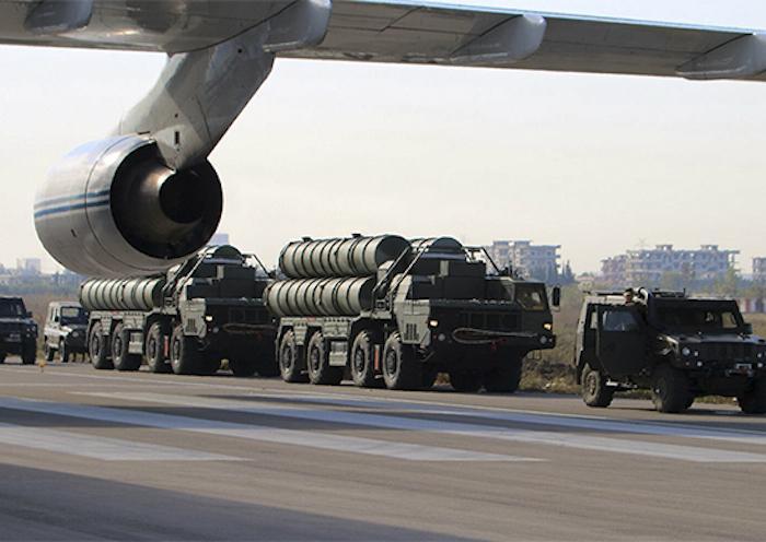 """""""320 מערכות נשק תוצרת רוסיה עברו ניסויים בפעילות מבצעית במלחמה בסוריה"""""""
