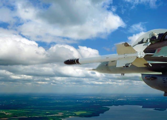 אלביט תספק מערכת לאימון ותחקור קרבות אוויר ללקוח באסיה