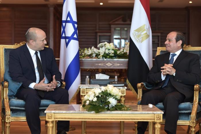 עדיף שלום קר מכלום: ראש הממשלה, נפתלי בנט, נועד עם נשיא מצרים, עבד אל-פתאח א-סיסי