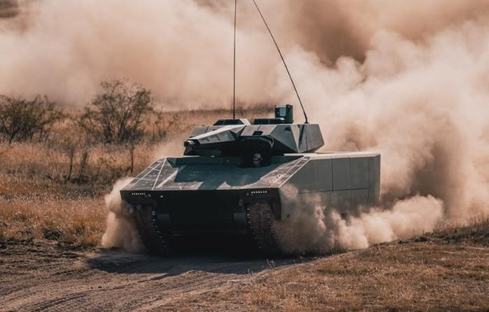 Is Hungary acquiring Spike missiles for its Lynx armored vehicles?