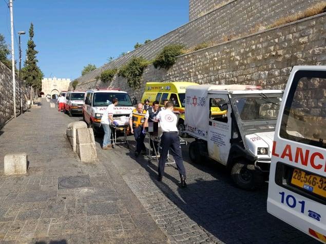פיגוע ירי בירושלים: שני שוטרים נרצחו, שלושת המחבלים חוסלו