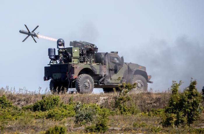 Rafael, Oshkosh demonstrate firing of Spike missiles from tactical vehicle