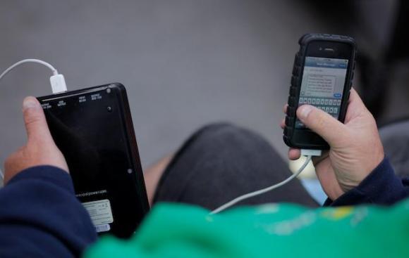 'Pegasus' in the headlines again: Apple issues emergency update because of security breach